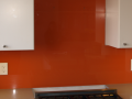 Where can i can a custom glass splashback to fit my sizes in belfast or in northern ireland country.png
