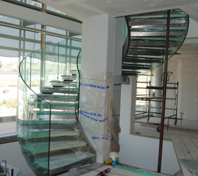 Northern Ireland Curved Glass Staircase Glass Derry City